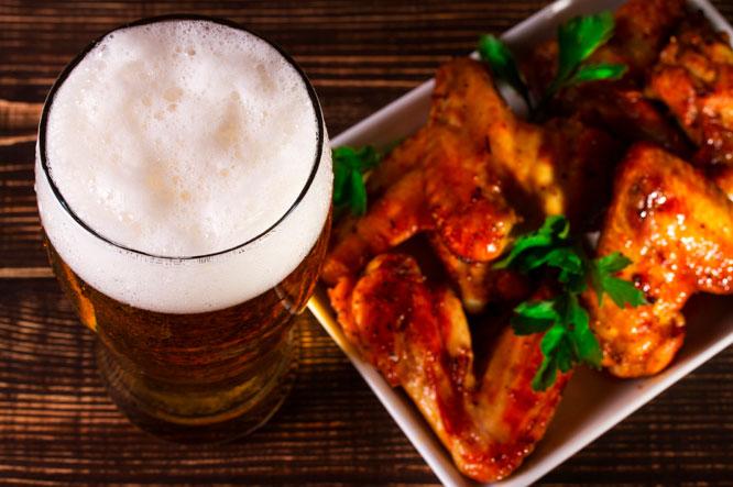 Cerveza suave y pollo teriyaki, la unión que cambia por completo