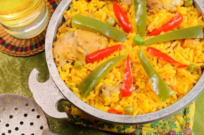 Casimiro Mahou Cerveza Ale y arroz con pollo a la chorrera, un tributo a Cuba